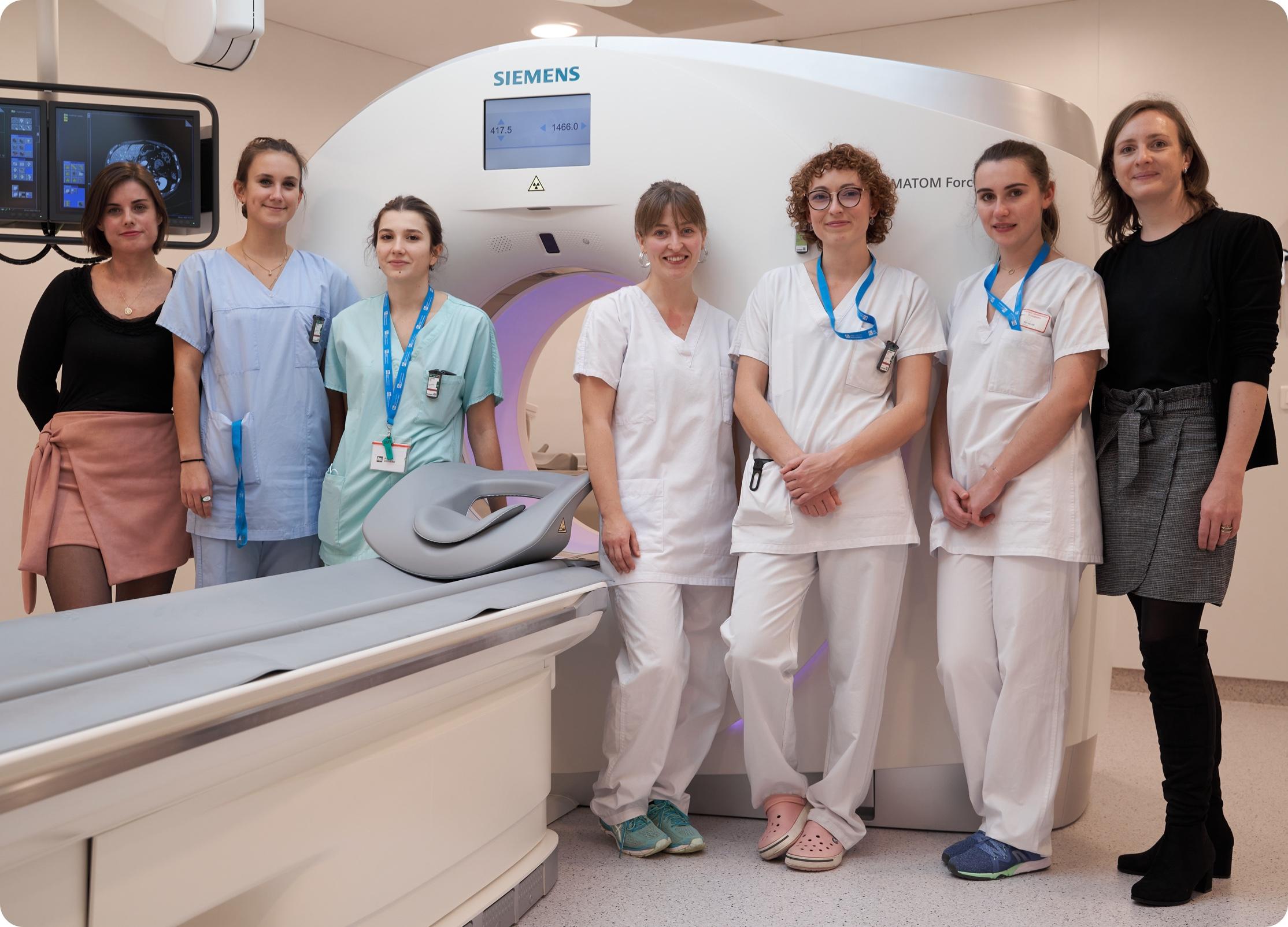 Secrétaires et manipulatrices en radiologie - Centre d'imagerie IHU Strasbourg
